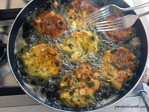 Frittelle di zucchine - pettulille