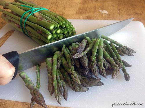 Involtini di frittata agli asparagi