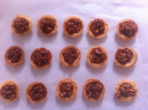 Petits Fours con noci e cioccolato
